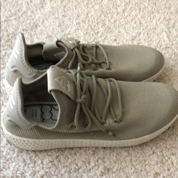 b8d4f8cc77652 adidas Shoes - Adidas Pharrell Human Race